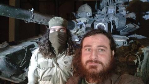 Phiến quân khủng bố đã bắt giữ được một xe tăng chiến đấu chủ lực T-90 do Nga sản xuất