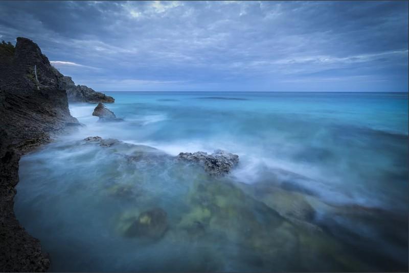 Vùng Bermuda huyền bí bị gán tên Tam giác Quỷ do xảy ra nhiều vụ mất tích không lời giải. (Nguồn: Shutterstock).