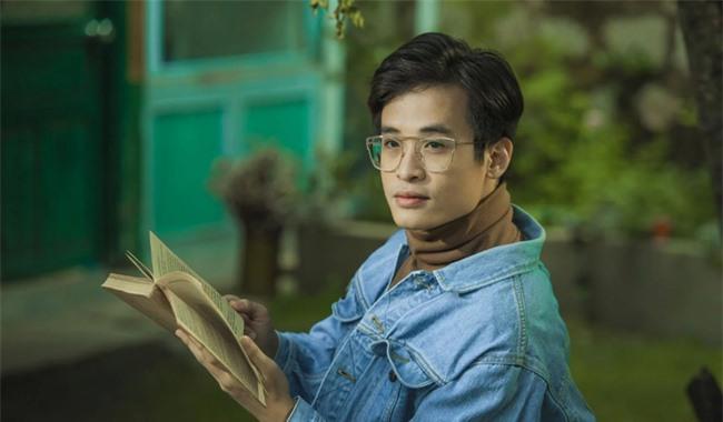 """Hà Anh Tuấn: Chàng thiếu gia thứ thiệt của showbiz, đời tư kín kẽ nhưng một khi đã vướng tin đồn tình ái thì chỉ toàn """"yêu"""" đại mỹ nhân - Ảnh 2."""