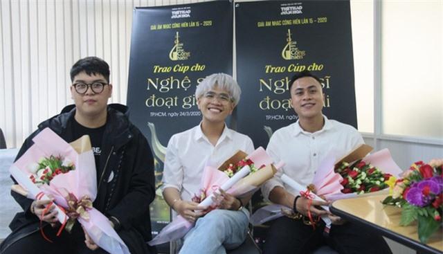 Hoàng Thùy Linh xuất sắc đoạt 4 giải Âm nhạc Cống hiến - 6