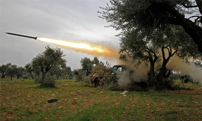 Nga quyết chiến ở Syria, TNK bị dồn vào chân tường: Đánh cũng dở, không đánh cũng dở! - Ảnh 1.