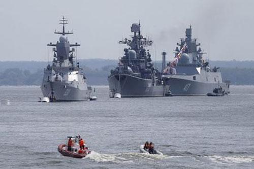 Các tàu chiến thuộc hạm đội Biển Baltic của Nga