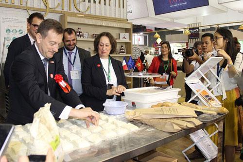 Người tiêu dùng quốc tế dành sự quan tâm đến bánh mì Việt