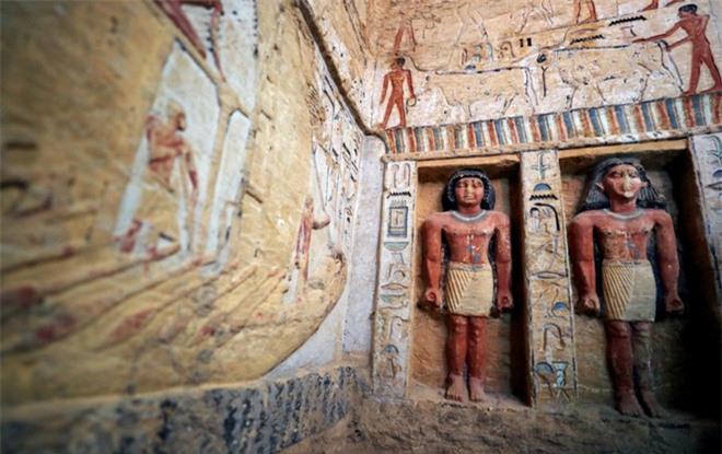 Bên trong ngôi mộ 4.400 tuổi vừa được phát hiện ở Ai Cập - Ảnh 10.