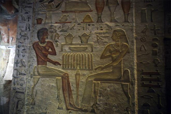 Bên trong ngôi mộ 4.400 tuổi vừa được phát hiện ở Ai Cập - Ảnh 3.
