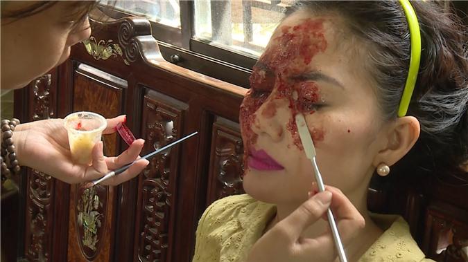 Diễn viên Ngọc Lan: Tôi quá hốt hoảng, sợ hãi trước khuôn mặt bị tạt axit của mình trong phim - Ảnh 3.