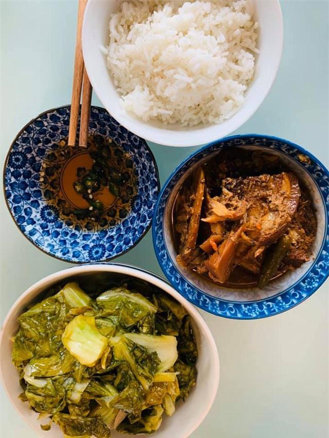 Thanh Thảo, Ngọc Anh 3A chăm vào bếp nấu món ăn Việt Nam trên đất Mỹ những ngày tránh dịch Covid-19 - Ảnh 11.