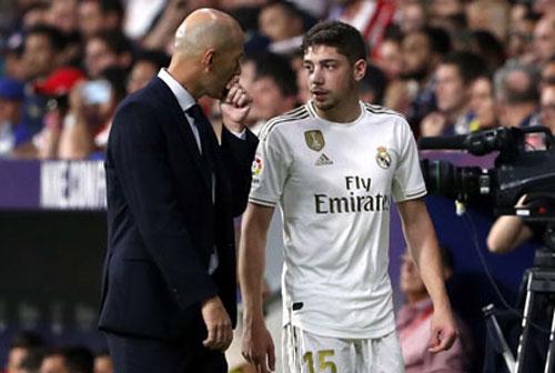 Valverde và Zinedine Zidane.