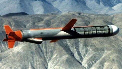 Tên lửa hành trình tầm xa Tomahawk của Mỹ. Nguồn: Sina.