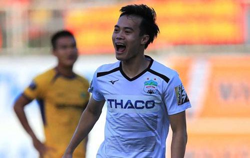 = 4. Nguyễn Văn Toàn: 50.000 Euro khoảng 1,260 tỷ đồng. Ảnh: Goal.