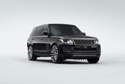 Chiếc Range Rover SVAutobiography của Anthony Joshua OBE.