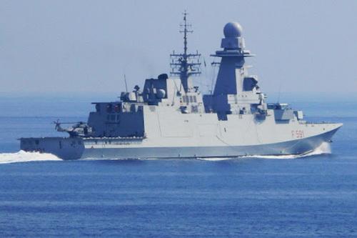 Tàu khu trục Virginio Fasan của Hải quân Italia đã tiến đến bán đảo Crimea. Ảnh: Avia-pro.