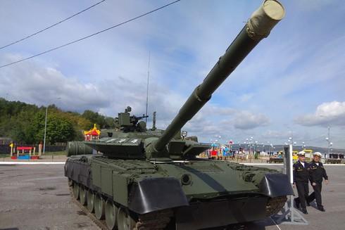 Xe tăngT-80BVM của Nga. (Ảnh tư liệu).