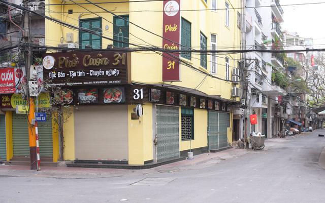 Hàng loạt quán ăn đóng cửa mùa dịch Covid-19