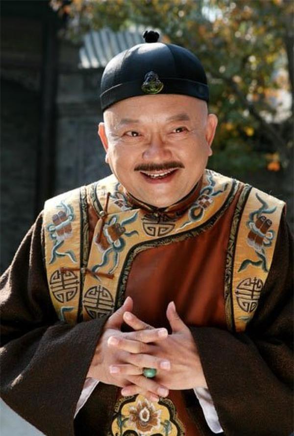 """Hòa Thân - """"Đệ nhất quan tham"""" trong lịch sử Trung Hoa - anh 2"""