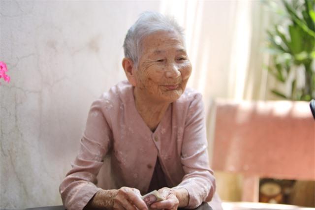 Chân dung mẹ Lê Thị Chi