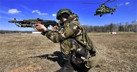 Nga colokhi Belarus hop tac quan su voi Ukraine