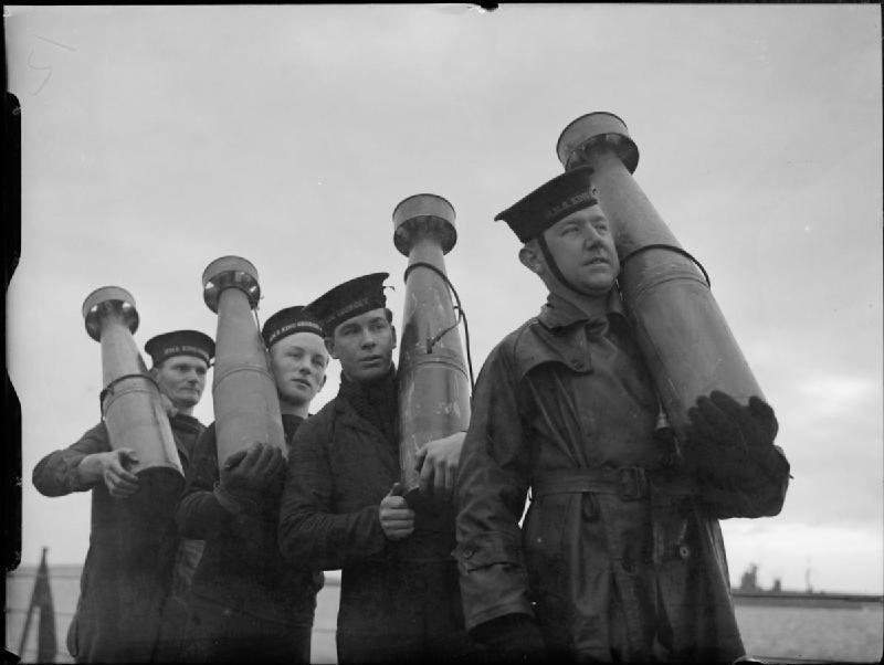 Tuy nhiên, những bãi mìn trên không này rất bị phát hiện và các phi công có thể điều khiển máy bay tránh chúng dễ dàng. Số mìn chưa phát nổ lại bay theo gió và thường bay trở lại các tàu chiến của Anh đã bắn chúng lên trời.