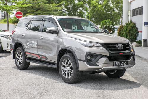 1. Toyota (doanh số: 18.578 chiếc).