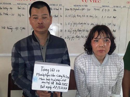 Sơn La: Truy đuổi đôi nam nữ vận chuyển 7 bánh heroin