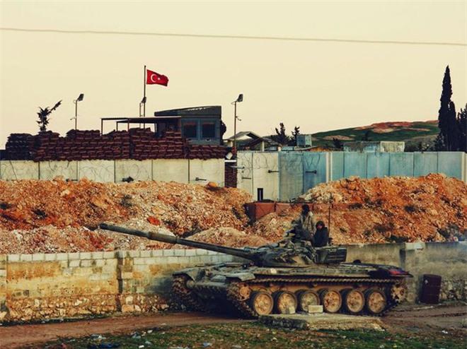 Chuyên gia: Bị vành đai trắng của Nga đẩy vào chân tường ở Syria, Thổ sẽ nhượng bộ? - Ảnh 5.