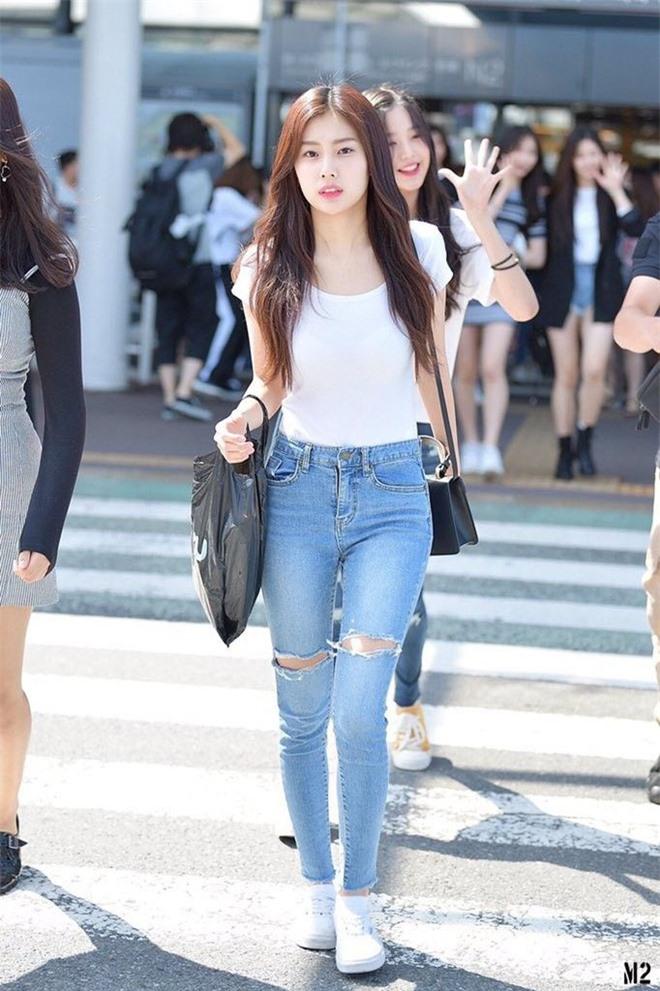 Dàn mỹ nhân Kpop khi diện quần jeans áo trắng: Thước đo nhan sắc chuẩn là đây, một mỹ nhân nhờ vậy mà bỗng nổi sau 1 đêm - Ảnh 17.