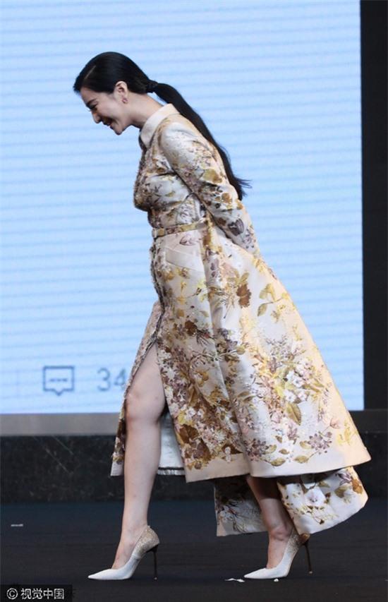 Mỹ nhân Hoa ngữ bỗng dưng tăng cân: Người được khen đẹp như nữ thần, kẻ thì bị chê kém sắc - Ảnh 2