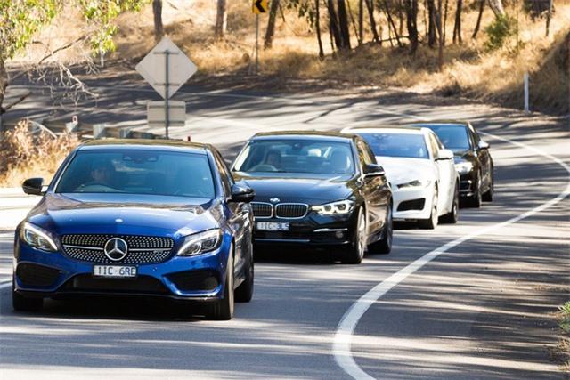Vì sao BMW và Mercedes-Benz không thành công với xe giá rẻ? - 1