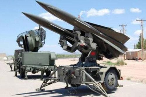"""Tên lửa hành trình Kalibr Nga """"bay tới tấp"""" ngoài khơi Syria, Mỹ báo động toàn bộ lực lượng ở Iraq"""