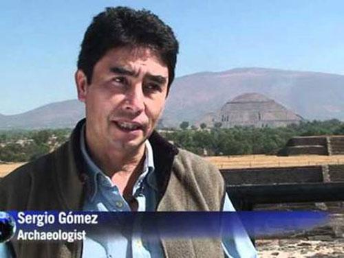 """Nhà khảo cổ học Sergio Gomez - người phát hiện ra """"con sông"""" thủy ngân"""