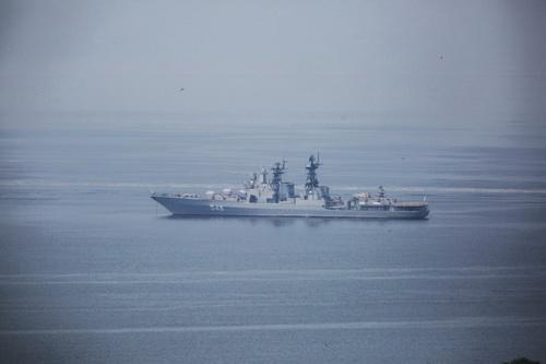 Sức mạnh to lớn: Nga gửi cùng lúc 18 tàu chiến tham gia hoạt động quân sự