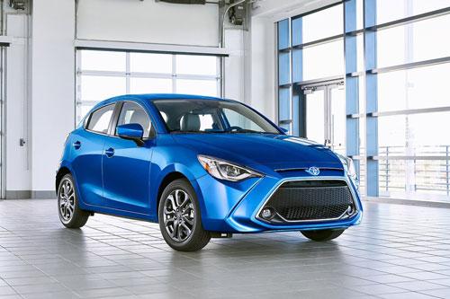 =6. Toyota Yaris Hatchback 2020 (mức tiêu hao nhiên liệu ở đường hỗn hợp: 8,1 lít/100 km).