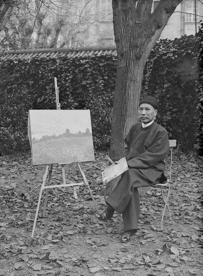 Trong thời gian bị lưu đày, ông đã theo học ngành hội họa. Ảnh tư liệu