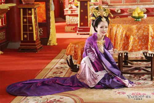 Nhiều hoàng hậu đã chết tại chính cung Khôn Ninh