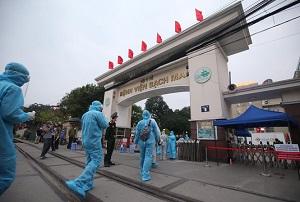 Hà Nội yêu cầu nhân viên y tế không rời khỏi Thành phố trong thời gian chống dịch