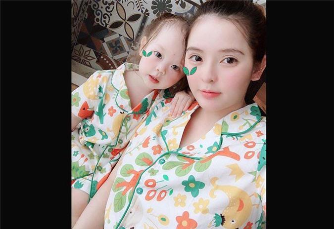 """3 hotgirl MXH chi tiền tỉ """"đập mặt xây lại"""", sinh con ra càng lớn càng đẹp lạ kì - 4"""
