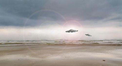 Hé lộ bí ẩn về cuộc chạm trán với UFO của phi công Mỹ