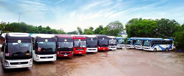 Covid-19: Tạm dừng toàn bộ hoạt động của xe hợp đồng và xe du lịch trên 9 chỗ