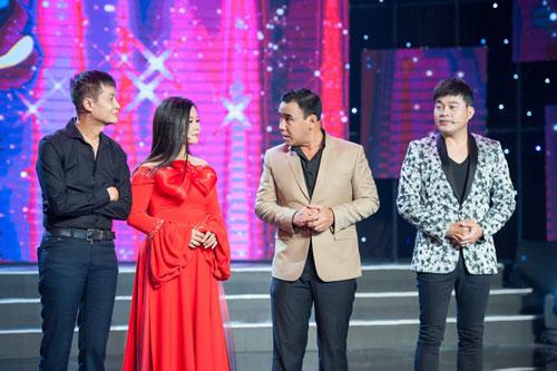 """MC Quyền Linh phản bác Lê Hoàng: """"Sống như anh nói thì tình nghĩa ở đâu?"""""""