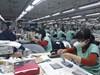 Covid-19: Dịch bệnh bùng phát ở Mỹ và EU khiến ngành dệt may bị thiệt hại 12.000 tỷ đồng