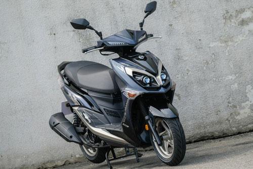Xe ga 125 phân phối, phanh ABS 2 kênh, giá gần 60 triệu đồng