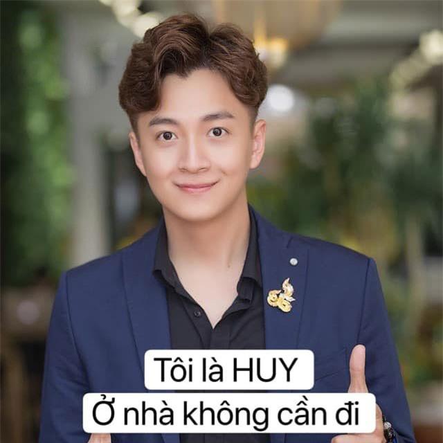 Sao Việt đồng loạt đăng ảnh theo trend 'ở nhà' chống dịch - Ảnh 4.