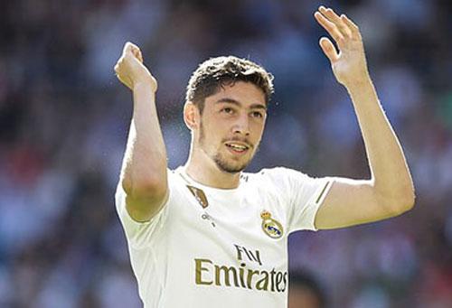 Real sẽ không bán Fede Valverde cho M.U