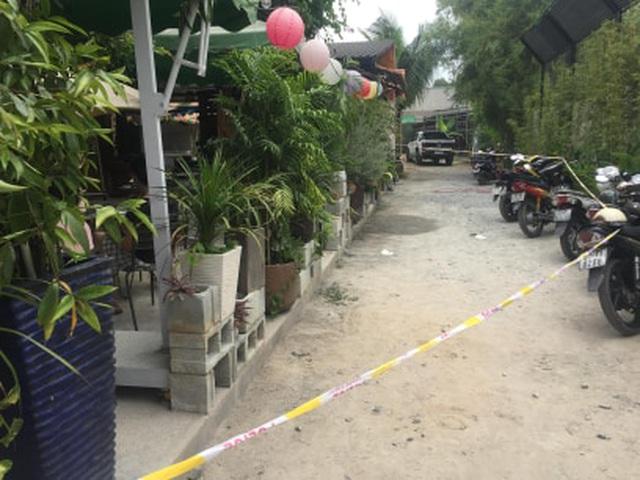 Quán cà phê xảy ra vụ nổ súng khiến 1 người bị thương.