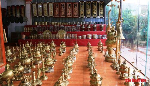 Không gian trưng bày sản phẩm tại Nhà trưng bày và triển lãm sản phẩm của xã.