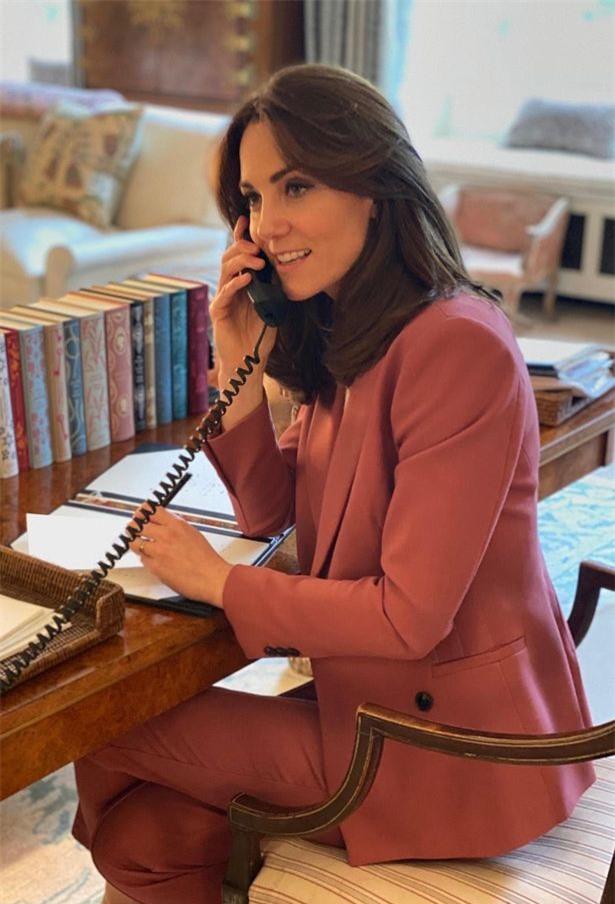 Trước bê bối của em dâu Meghan với Tổng thống Mỹ, Công nương Kate tung ra kế hoạch mới chứng tỏ đẳng cấp khác biệt như vẫn bị bắt lỗi