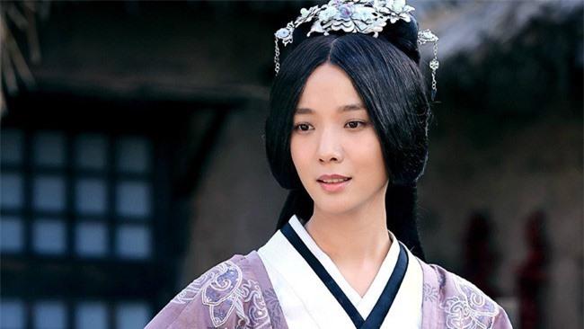 Viên Tề Quy - vị hoàng hậu dùng tiền thử lòng đế vương và câm lặng đến chết để đưa kẻ bạc tình cùng tình địch xuống cửu tuyền - Ảnh 6.