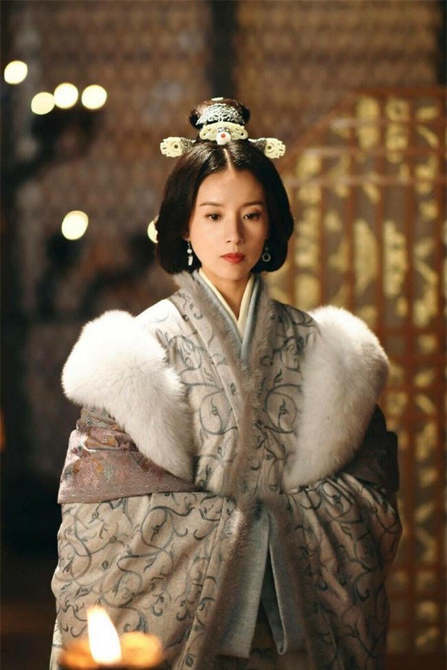 Viên Tề Quy - vị hoàng hậu dùng tiền thử lòng đế vương và câm lặng đến chết để đưa kẻ bạc tình cùng tình địch xuống cửu tuyền - Ảnh 8.