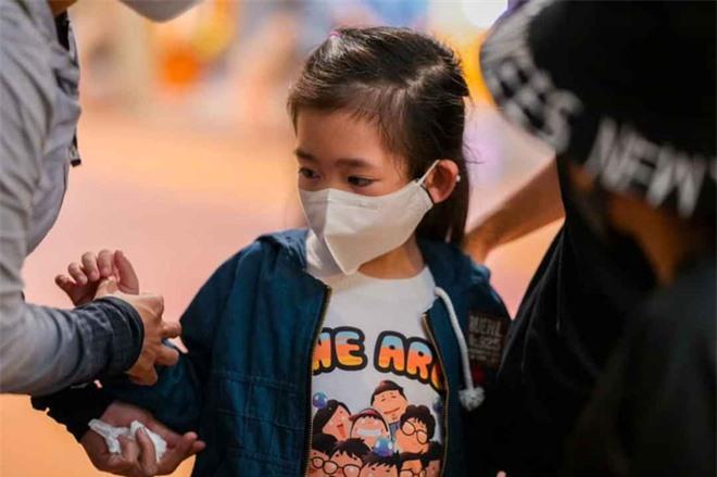 Xin cho con gái Mai Phương học miễn phí tới lớp 12 và điều Quốc Thuận lo sợ nhất ở đám tang - Ảnh 7.