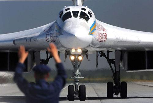 Chiếc Thiên nga trắng của Không quân Nga
